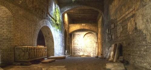 Passeggiata nella Trastevere medievale