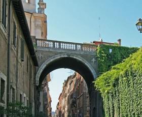 Passeggiata a Via Giulia e dintorni
