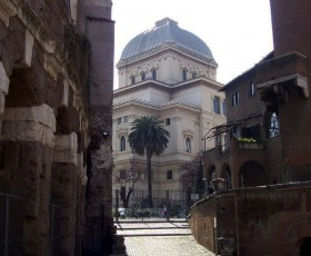 Il Ghetto, la Sinagoga e il Museo Ebraico