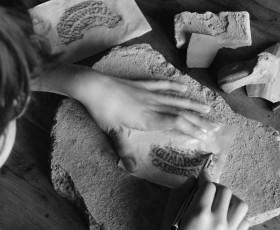 Segni e disegni nell'argilla