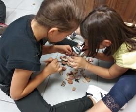 Piccoli archeologi a caccia di indizi