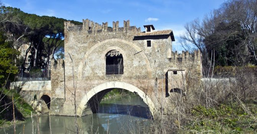 Il Ponte Nomentano e il Mausoleo di Menenio Agrippa